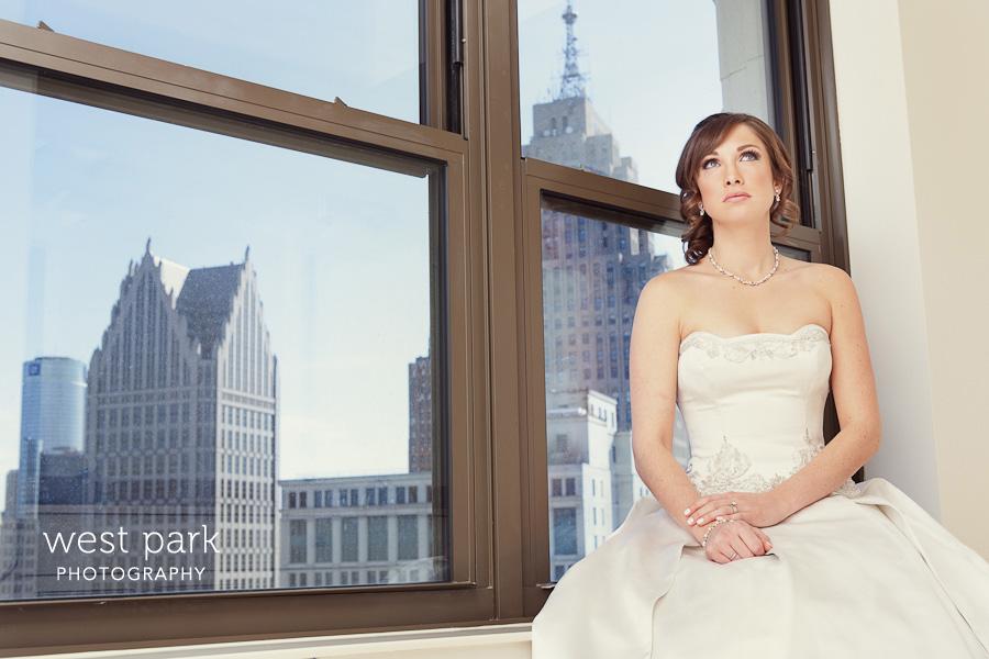 4 Detroit Bridal Session at the Westin Book Cadillac