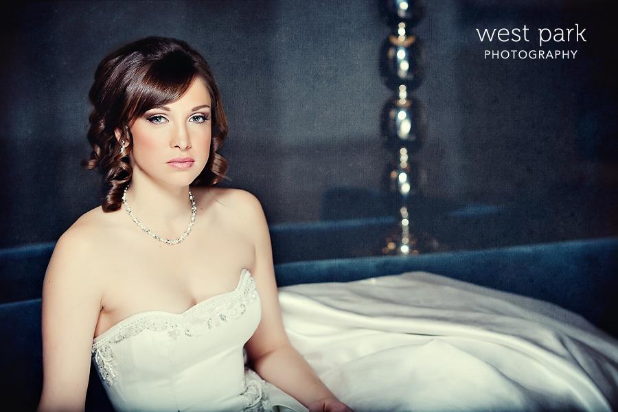 6 Detroit Bridal Session at the Westin Book Cadillac