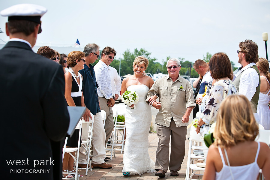 infinity ovation yacht wedding 07 Shannon & Dean   Infinity Yacht Wedding