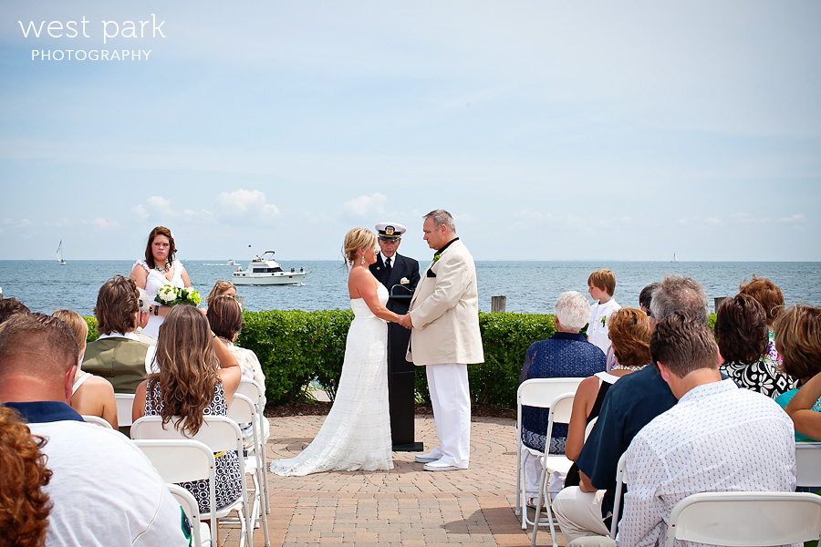 infinity ovation yacht wedding 09 Shannon & Dean   Infinity Yacht Wedding