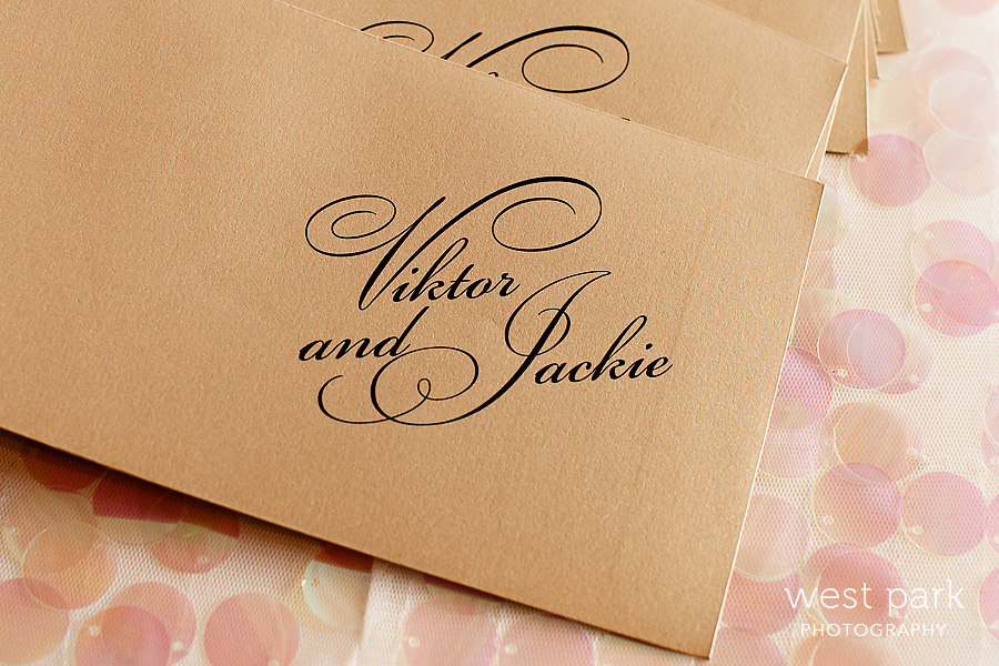 gold placecards wedding 02 Pink & Gold Wedding Inspiration